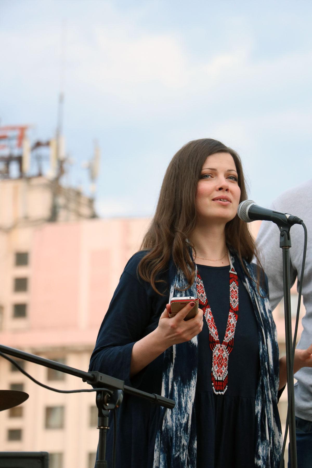 У Кропивницькому провели вечір поезії і музики на даху. ФОТОРЕПОРТАЖ - 9 - Фото - Без Купюр
