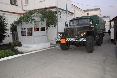 Піротехніки з Кропивницького виїхали на ліквідацію надзвичайної ситуації в Калинівці