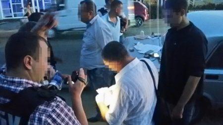 У Кропивницькому СБУ затримала за підозрою у хабарництві двох поліцейських