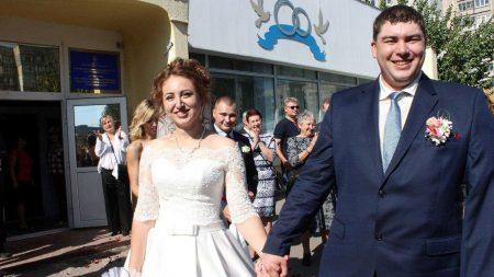 Lovestory та весілля Народного героя з Кропивницького в сюжеті СТБ. ВІДЕО