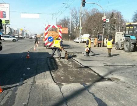 Райкович розпорядився погоджувати розриття асфальту для ремонтів особисто з ним
