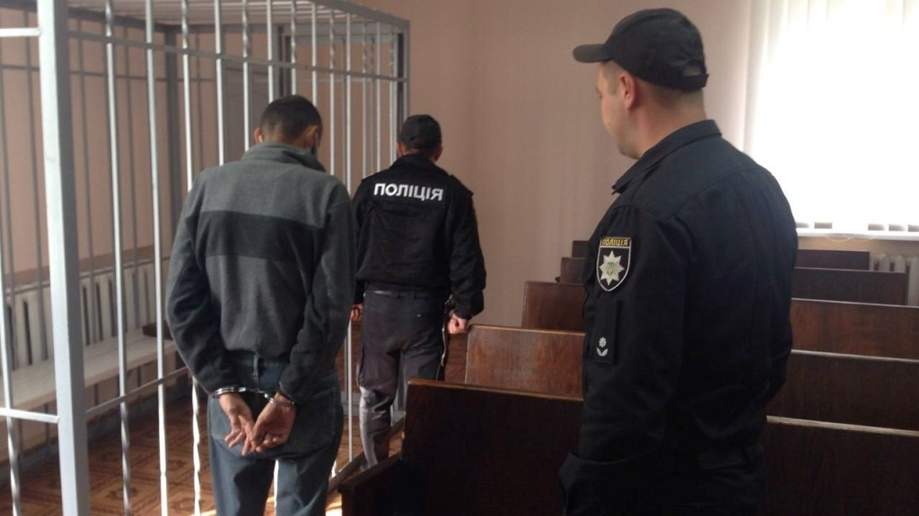 Підозрюваний у зґвалтуванні дитини очікуватиме суду за гратами - 1 - Кримінал - Без Купюр