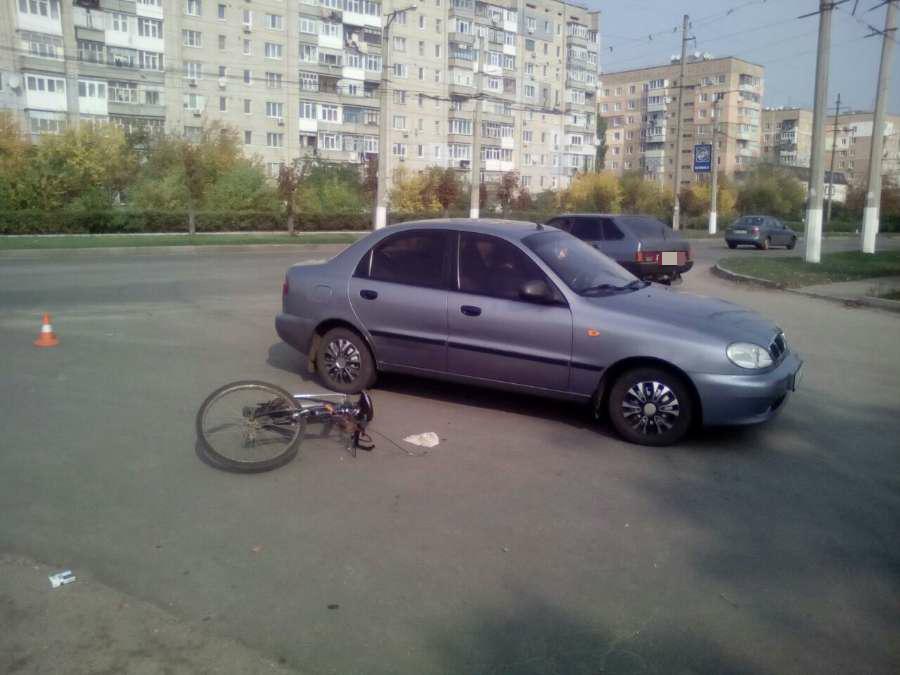 "У Кропивницькому ""Ланоc"" збив велосипедиста. ФОТО - 1 - Життя - Без Купюр"