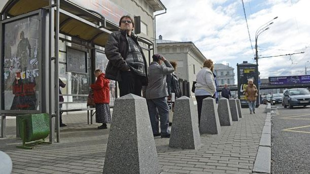 Без Купюр | Життя | Після аварії в Харкові у Кропивницькому хочуть зробити безпечнішими зупинки громадського транспорту 1