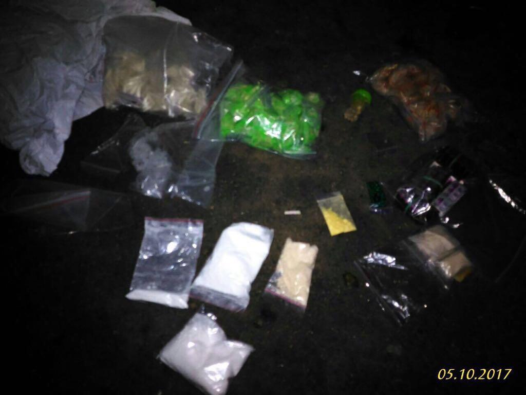 Без Купюр Кропивничанин поштою отримував наркотики з Європи для збуту Кримінал  наркотики Кропивницький