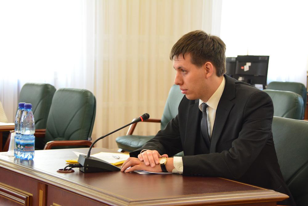 Без Купюр   Земельні спори   Суддя з Кіровоградщини заявив, що йому погрожували розправою через рішення у справі про оренду землі. ФОТО 1