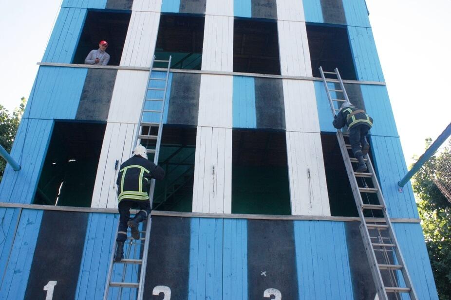 На Кіровоградщині стартували змагання пожежників. ФОТО 2