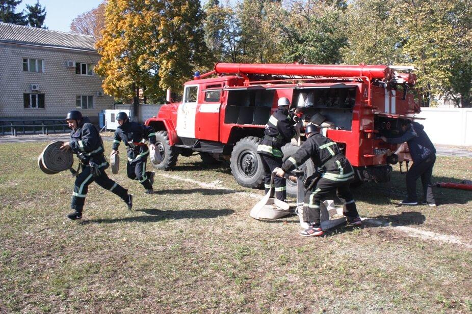На Кіровоградщині стартували змагання пожежників. ФОТО 3