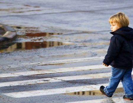 На Кіровоградщині поліцейським вдалося розшукати  загубленого 2-річного хлопчика