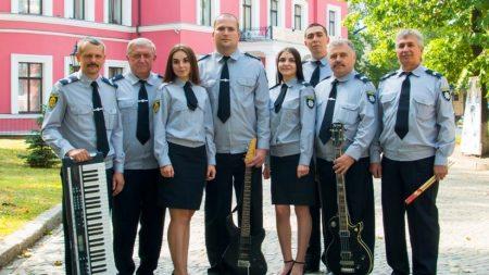 У Кропивницькому діє єдиний в Україні відомчий музичний гурт поліцейських «Офіцери»