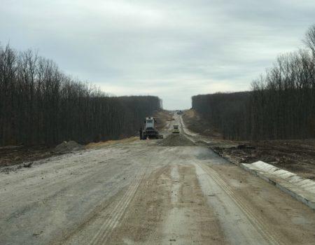 Об'їзну дорогу на Кіровоградщині, заради якої за часів Ларіна знищили гектари лісу, нарешті відкриють для транспорту. ФОТО. ВІДЕО