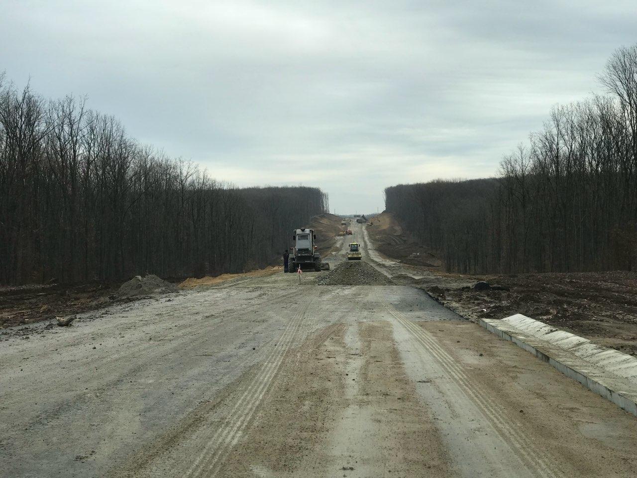 Об'їзну дорогу на Кіровоградщині, заради якої за часів Ларіна знищили гектари лісу, нарешті відкриють для транспорту. ФОТО. ВІДЕО 1