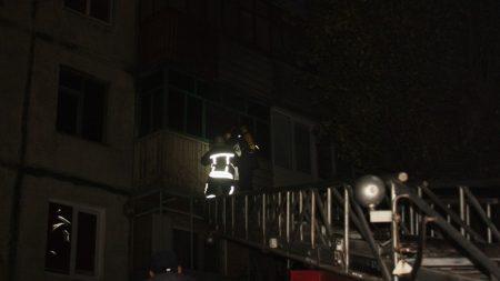 У 5-поверхівці на Бєляєва горіла квартира. ФОТО