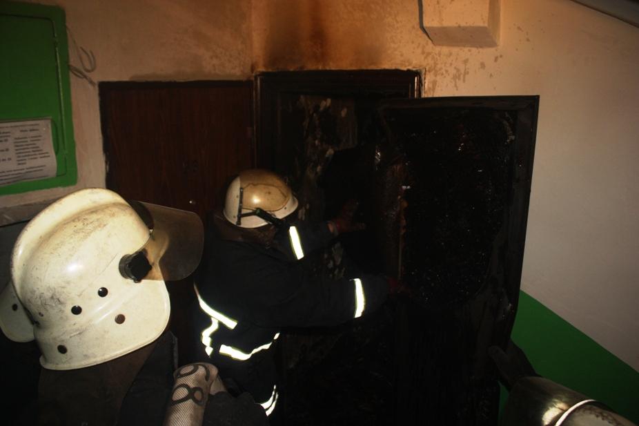 Без Купюр У 5-поверхівці на Бєляєва горіла квартира. ФОТО Події  пожежа Кропивницький