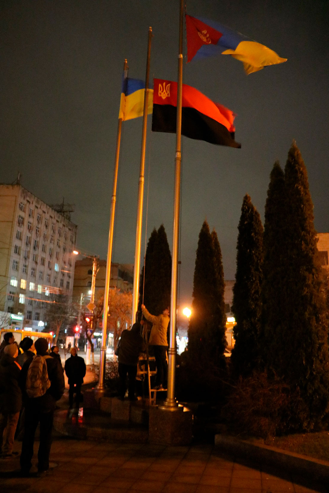 У Кропивницькому пройшов мітинг до річниці розгону Євромайдану. ФОТО - 19 - Життя - Без Купюр