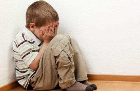 У Світловодську вихователька закриває 4-річного хлопчика в підсобці за його активність. ВІДЕО