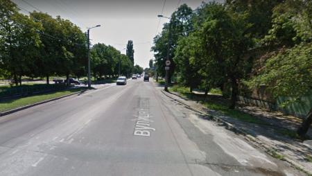 Райкович розкритикував підготовку тендерної документації, через що зірвався ремонт вулиці Короленка