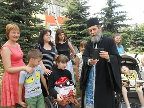 Священик – президент молодіжної організації: Навіть клоун робить велику справу - 4 - Інтерв'ю - Без Купюр