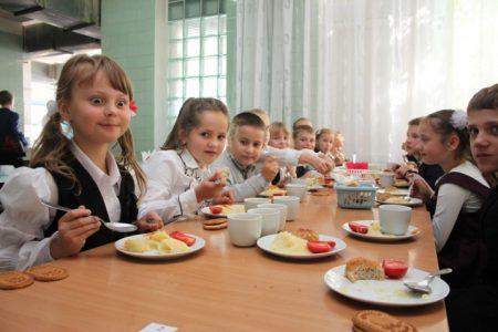 Протягом року на Кіровоградщині діти підхоплювали кишкові інфекції в тому числі  і в шкільних їдальнях
