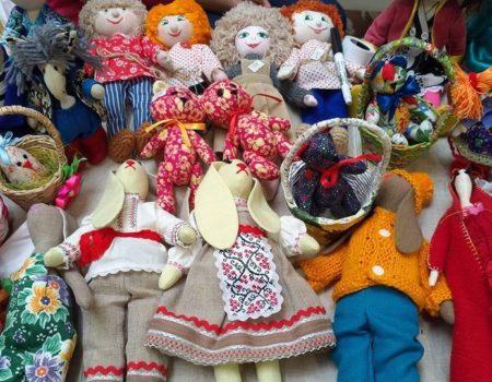 У Кропивницькому новорічні подарунки можна придбати на благодійному ярмарку