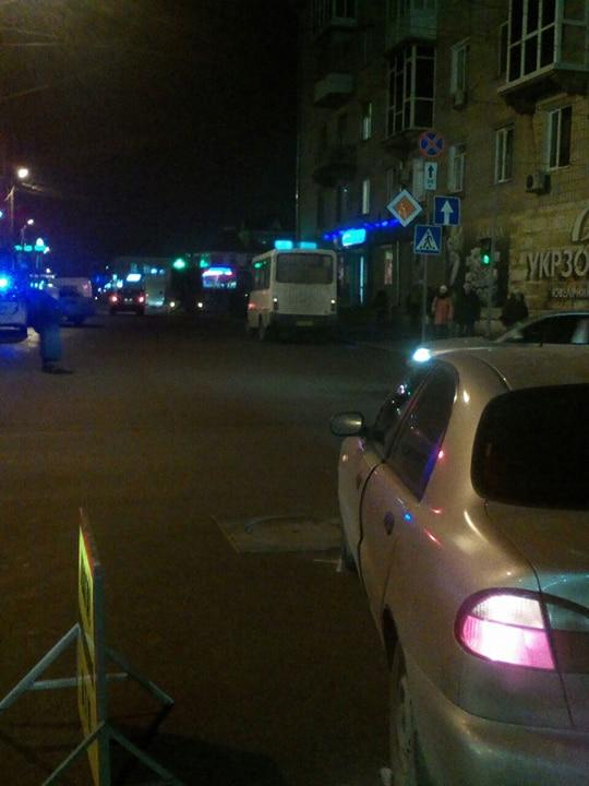 """У Кропивницькому в ДТП потрапили дві маршрутки і  """"Lanos"""". ФОТО - 1 - Події - Без Купюр"""
