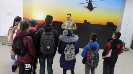 У Кропивницькому учні альтернативної школи побували в музеї спецпризначенців. ФОТО