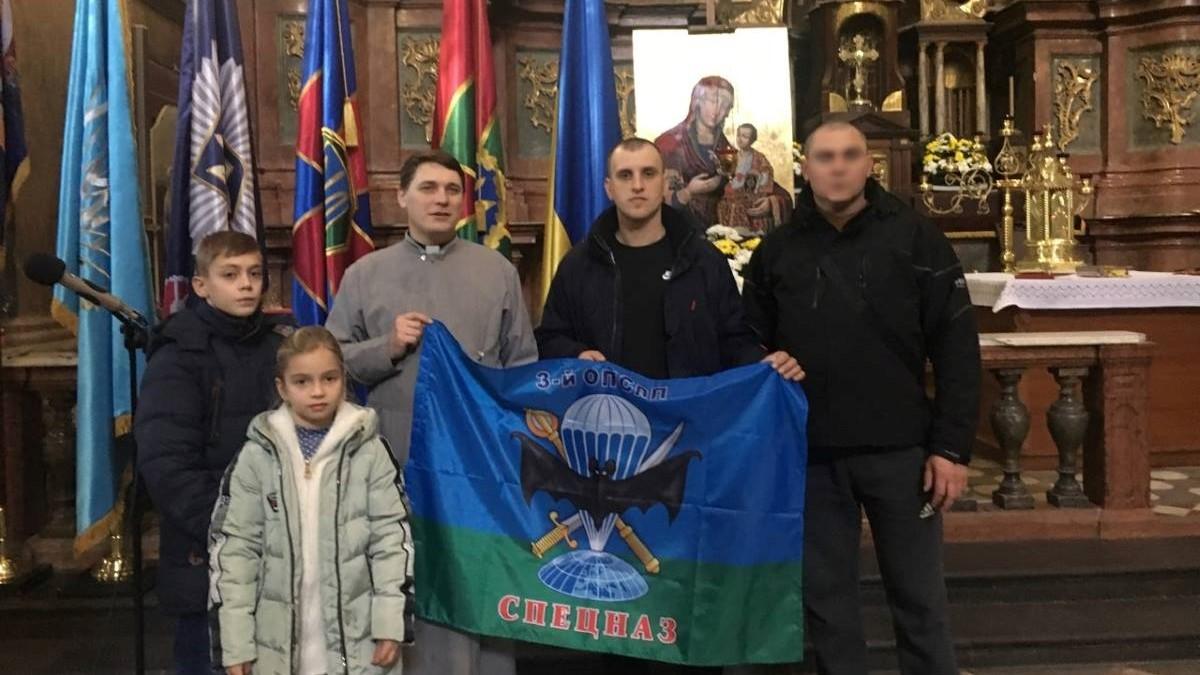 Без Купюр У Гарнізонному храмі розмістили банер з портретами загиблих спецпризначенців 3-го полку. ФОТО Війна  спецпризначенці Кропивницький 3 полк