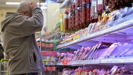 Передноворічні настрої жителів Кропивницького та підготовка до свята в режимі суворої економії. ВІДЕО