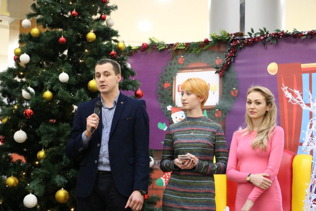 У Кропивницькому відкрився пункт Святого Миколая, де приймають іграшки для хворих дітей. ФОТОРЕПОРТАЖ 3