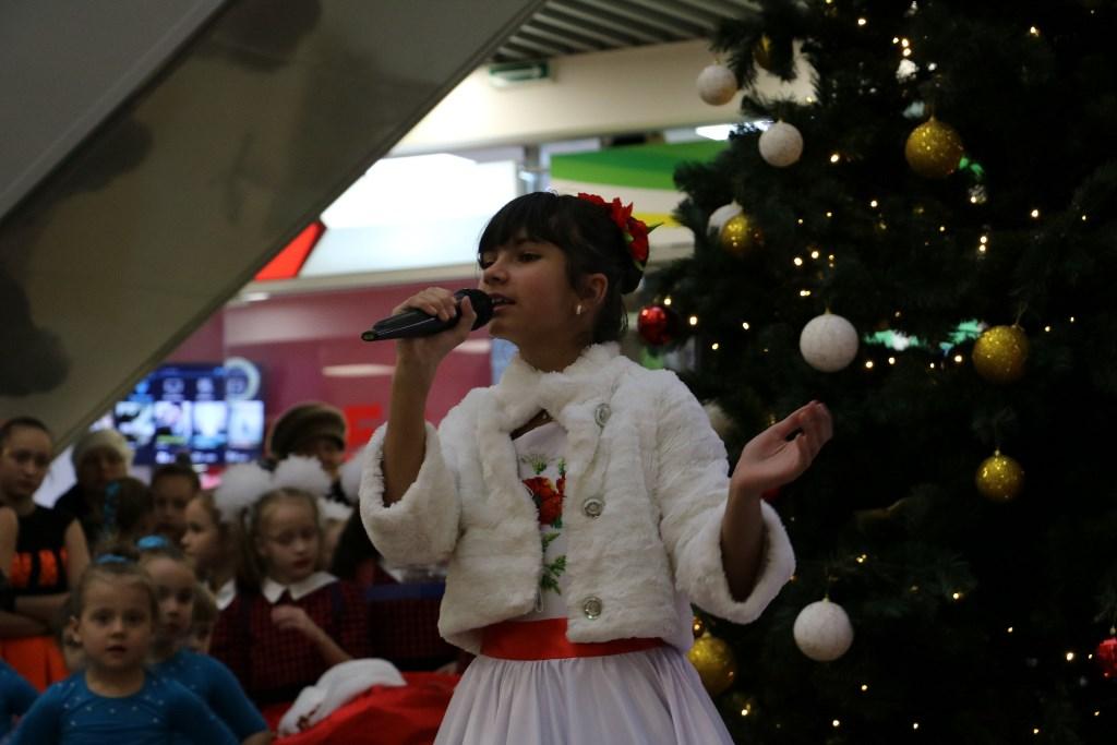 У Кропивницькому відкрився пункт Святого Миколая, де приймають іграшки для хворих дітей. ФОТОРЕПОРТАЖ 8