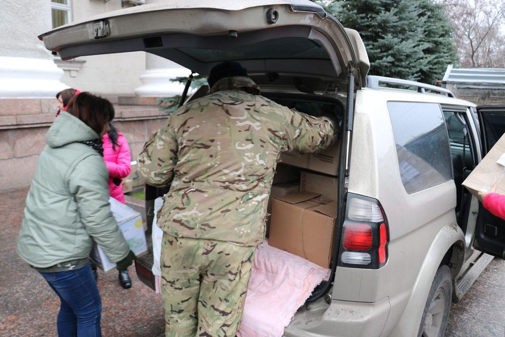 У Кропивницькому зібрали десятки пакунків допомоги для військових. ФОТО 18 - Життя - Без Купюр