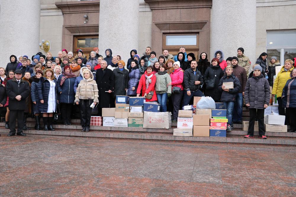 Без Купюр У Кропивницькому зібрали десятки пакунків допомоги для військових. ФОТО Життя  Кропивницький допомога волонтери АТО