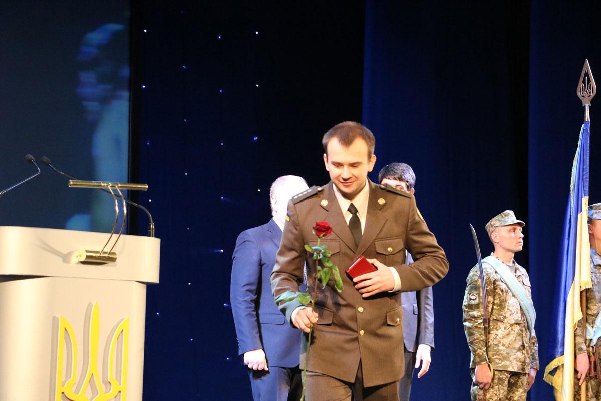 Як у Кропивницькому відзначили День Збройних сил. ФОТОРЕПОРТАЖ - 17 - Життя - Без Купюр