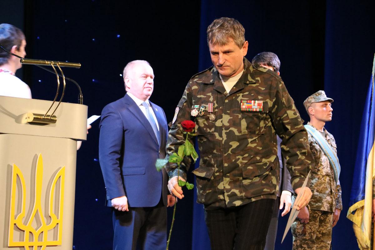 Як у Кропивницькому відзначили День Збройних сил. ФОТОРЕПОРТАЖ - 27 - Життя - Без Купюр