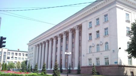 Засідання сесії міськради Кропивницького почалося з пісні і хвалебної оди