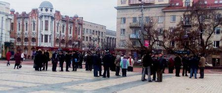 Мітинг пенсіонерів-силовиків у Кропивницькому: комсомолець та бойові бабусі збираються перекрити залізницю