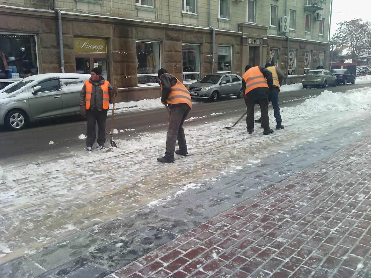 Без Купюр У міськраді Кропивницького стверджують, що комунальники перемогли у протистоянні зі снігом Життя  сніг Кропивницький viber