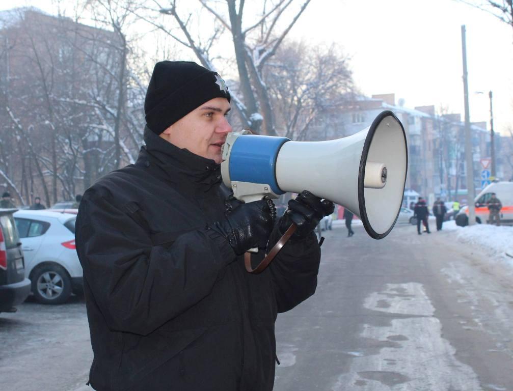 У Кропивницькому поліцейські провели навчання зі звільнення заручника. ФОТОРЕПОРТАЖ - 10 - Життя - Без Купюр