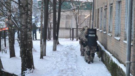 У Кропивницькому поліцейські провели навчання зі звільнення заручника. ФОТОРЕПОРТАЖ