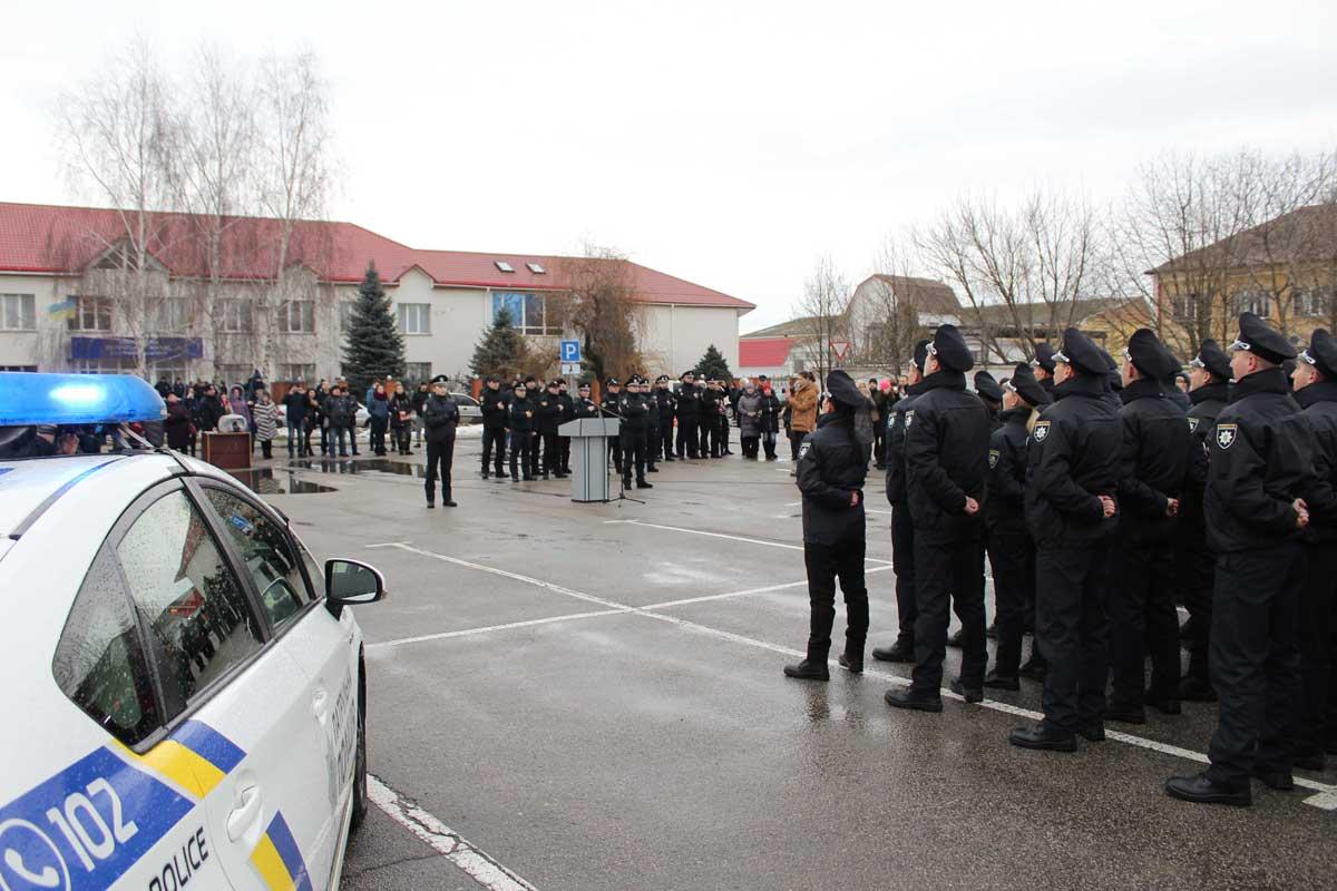 У патрульну поліцію Кіровоградської області відібрали 72 із 870 бажаючих. ФОТО 2 - Життя - Без Купюр