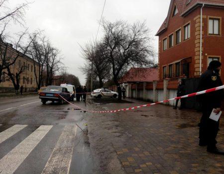 У Кропивницькому фігуранту стрілянини біля Кіровського райсуду довелося викликати поліцію до себе додому? ФОТО