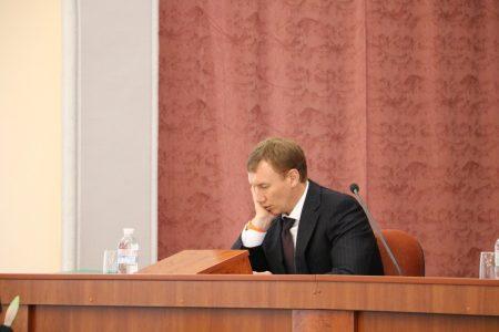 Секретар міськради Кропивницького отримав подарунок вартістю чверть мільйона?