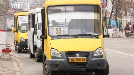 На Кіровоградщині перевізники продовжують ризикувати життям пасажирів, використовуючи несправний транспорт