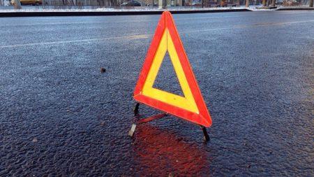 У Кропивницькому п'яний водій пошкодив дорожній знак, електроопору та кабель інтернетпровайдера
