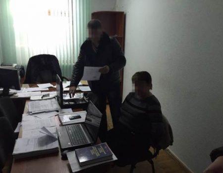 Звинувачена у вимаганні хабара екс-прокурорка Клюкіна на захист принесла скріншоти з Фейсбуку Холодницького