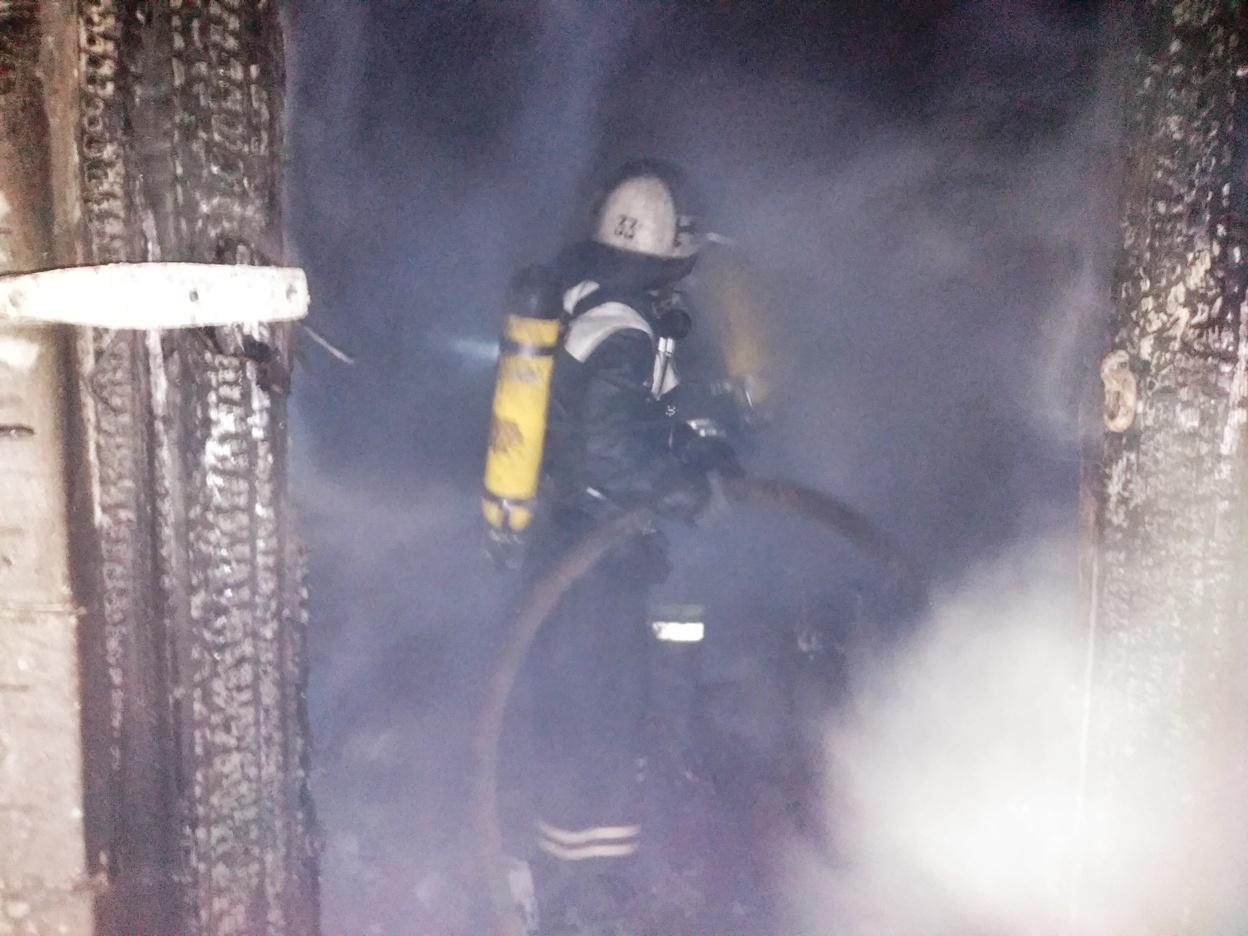 Без Купюр На Кіровоградщині пожежа забрала життя літньої жінки, ще одна отруїлася чадним газом. ФОТО Події  пожежа Кіровоградщина