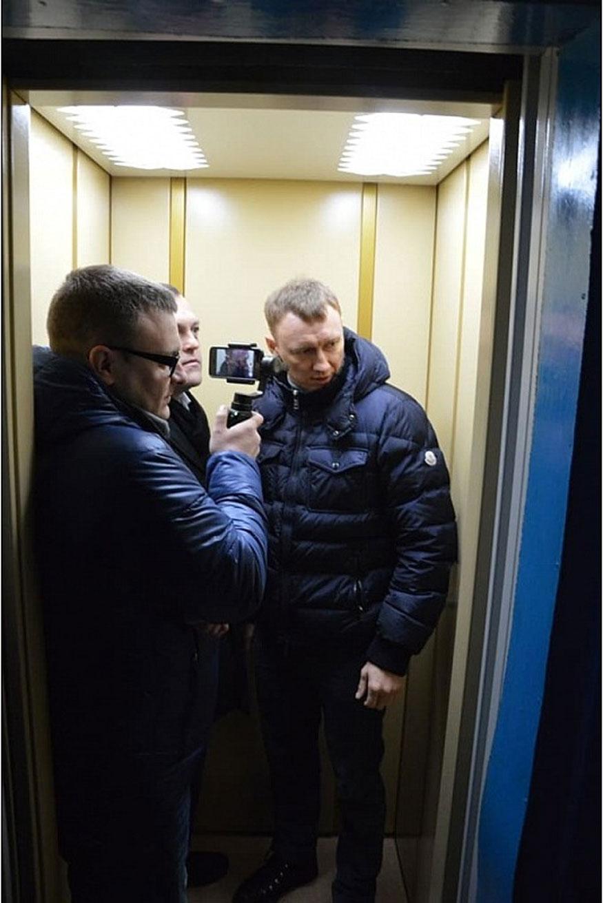 Без Купюр Майже народні гуляння: у Кропивницькому з короваєм та млинцями відкривали 2 ліфти. ФОТО Події  ліфт Кропивницький