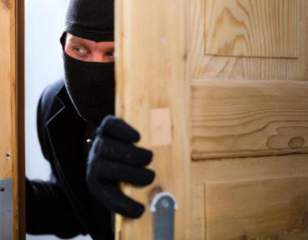 У Кропивницькому потерпіла від квартирних злодіїв скаржиться на зволікання поліції. ВІДЕО