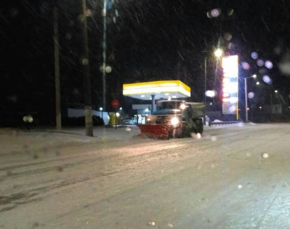 Де у Кропивницькому всю ніч і ранок розчищали дороги. ФОТО - 1 - Події - Без Купюр