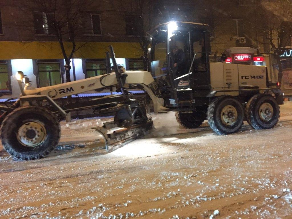 Де у Кропивницькому всю ніч і ранок розчищали дороги. ФОТО - 12 - Події - Без Купюр
